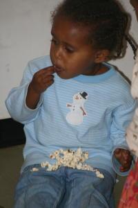 """Yabsera Enjoying """"Fendisha"""" (popcorn)"""